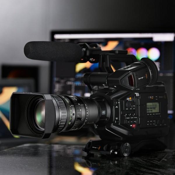 Blackmagic URSA Broadcast - Fujinon LA16x8BRM bundle