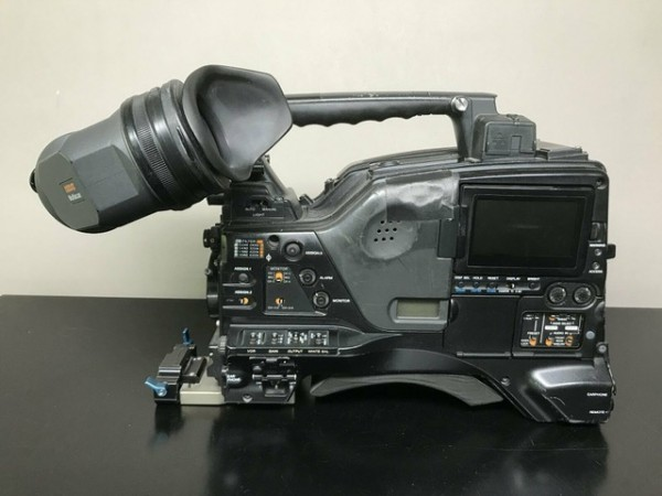 SONY PDW-F800(PDWF800) BROADCAST HD CAMCORDER CINE ALTA incl. Viewfinder - USED